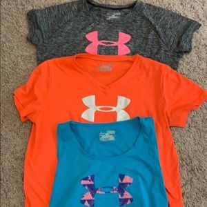 👚3 for $20 Girls Under Armour set👚
